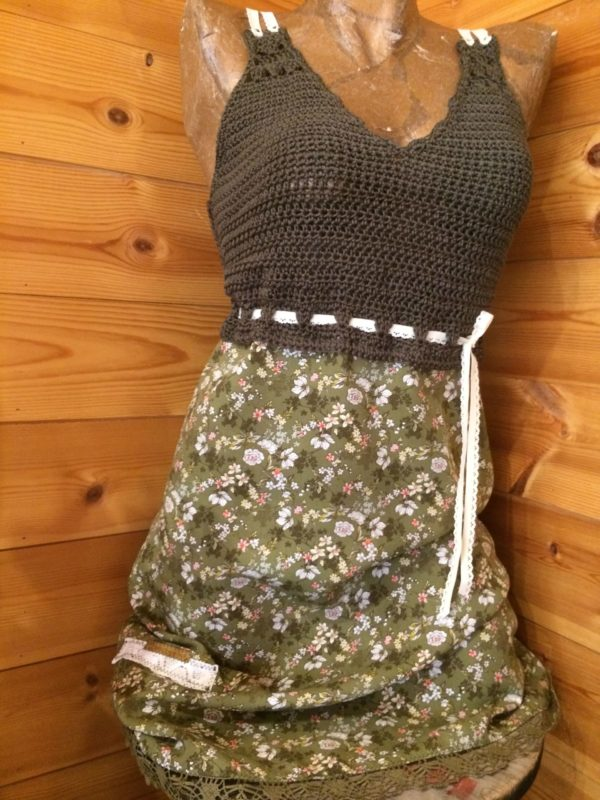 Robe Coton Kaki et Tissu Fleuri – Eté