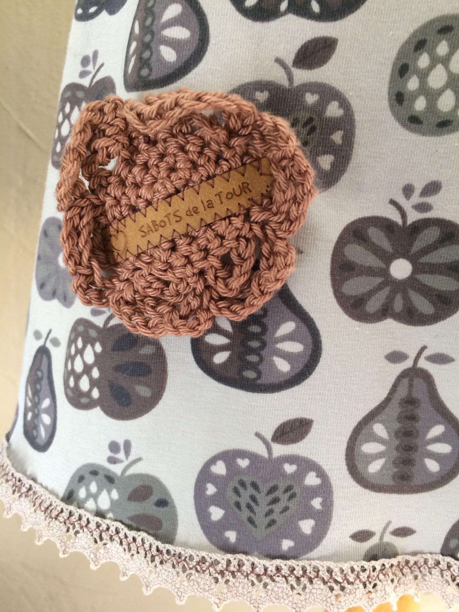 Fleur Crochet Praline+ Marque