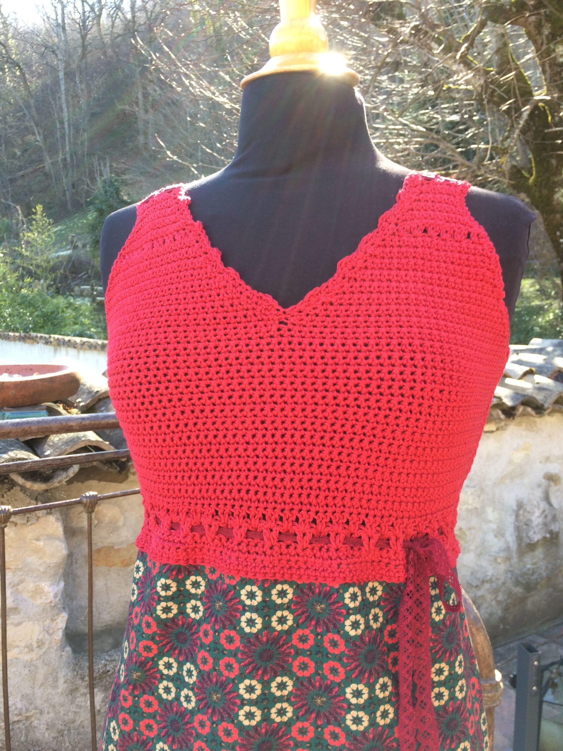 Haut Robe Rouge et Cèdre